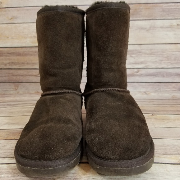 8631d066624 UGG 9 Dark Brown Classic Tall 5815 Boots